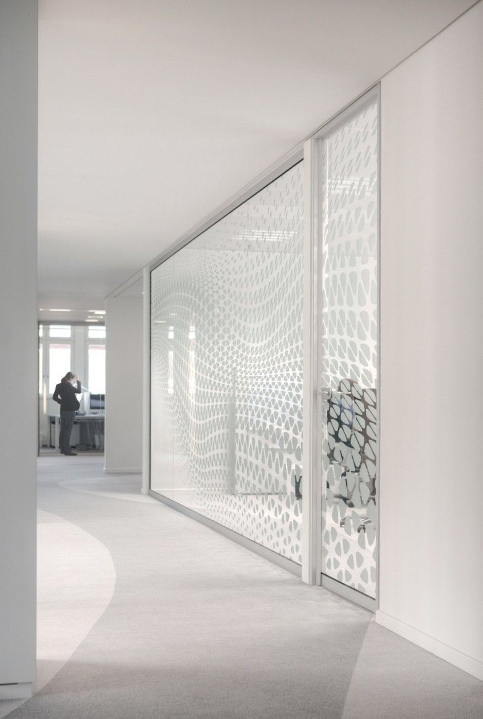 Interior syzygy frankfurt office design by 3deluxe home for Graphic design frankfurt