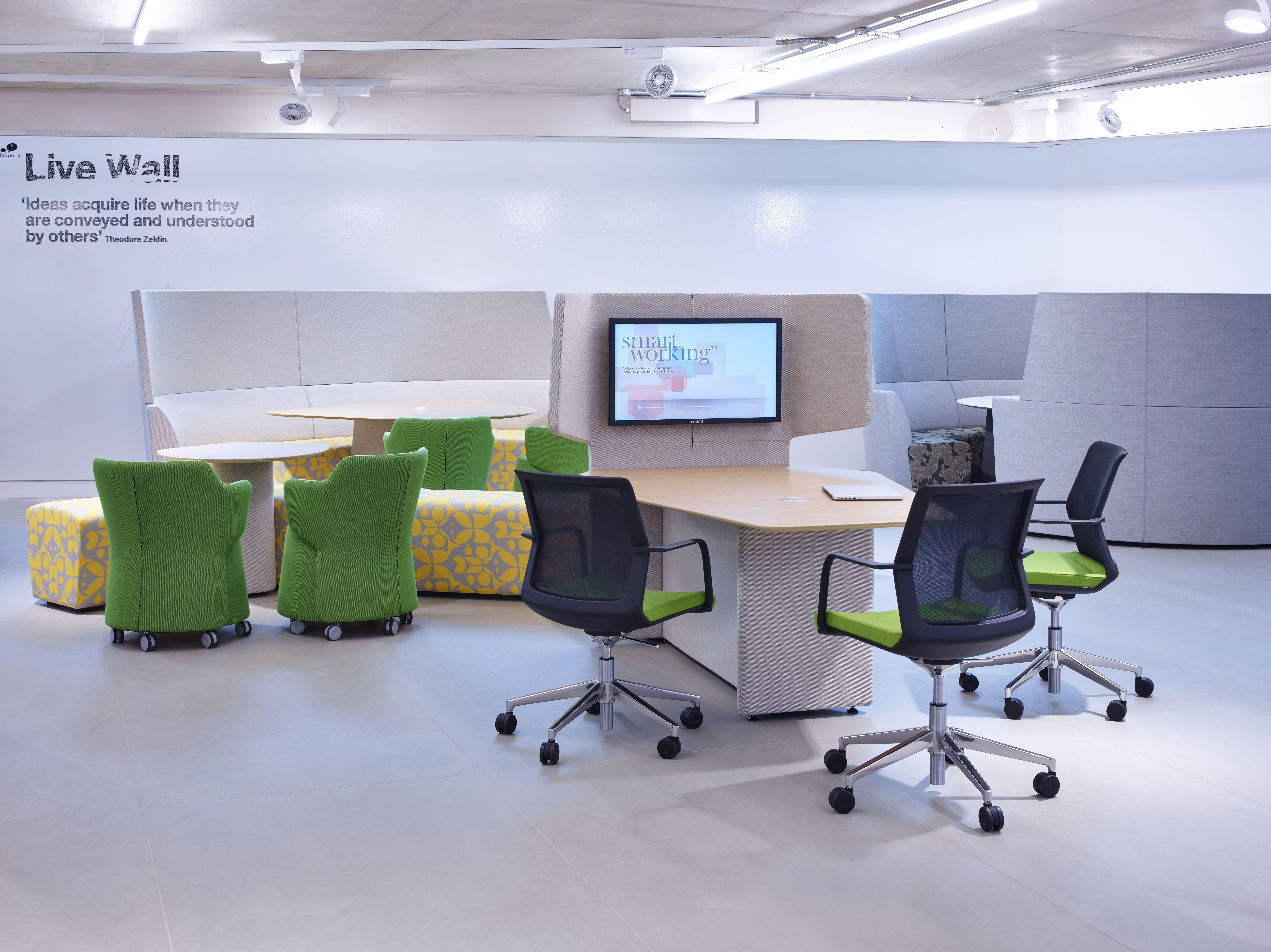 Orange Box Smartworking In London Is An Office Furniture Showroom With A Difference The Space