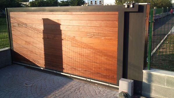 Portones en madera buscar con google portones de madera pinterest - Portones para garaje ...