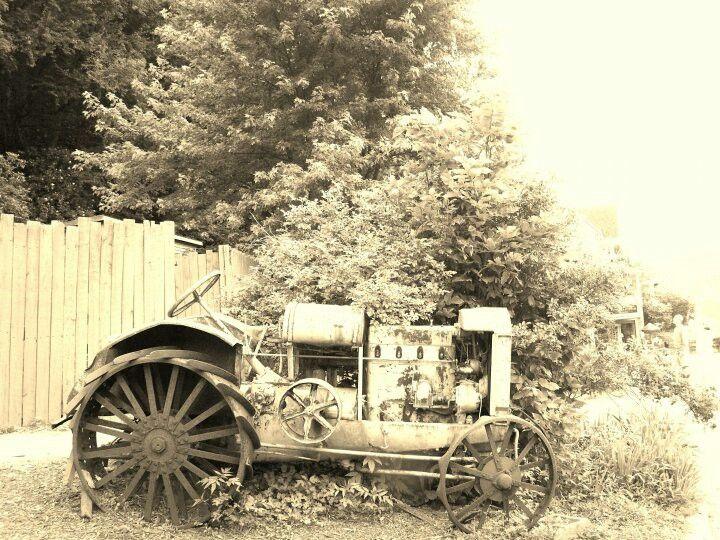 Tracktor antique cars antiques vintage