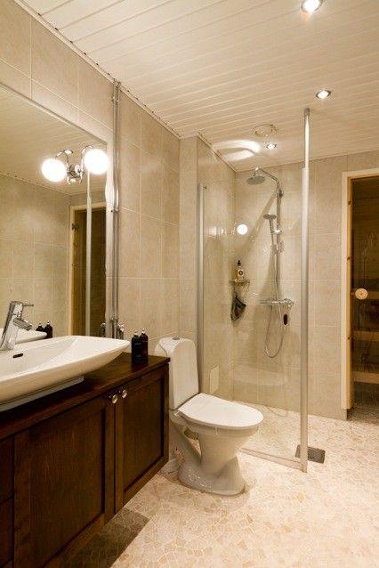 A classic bathroom http://lifeofadecorator.blogspot.fi/2013/01/more-of-dream-apartment.html