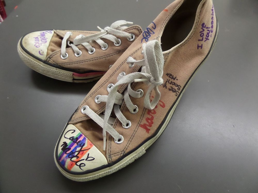 WOMENS sz 10 CONVERSE SNEAKERS shoes