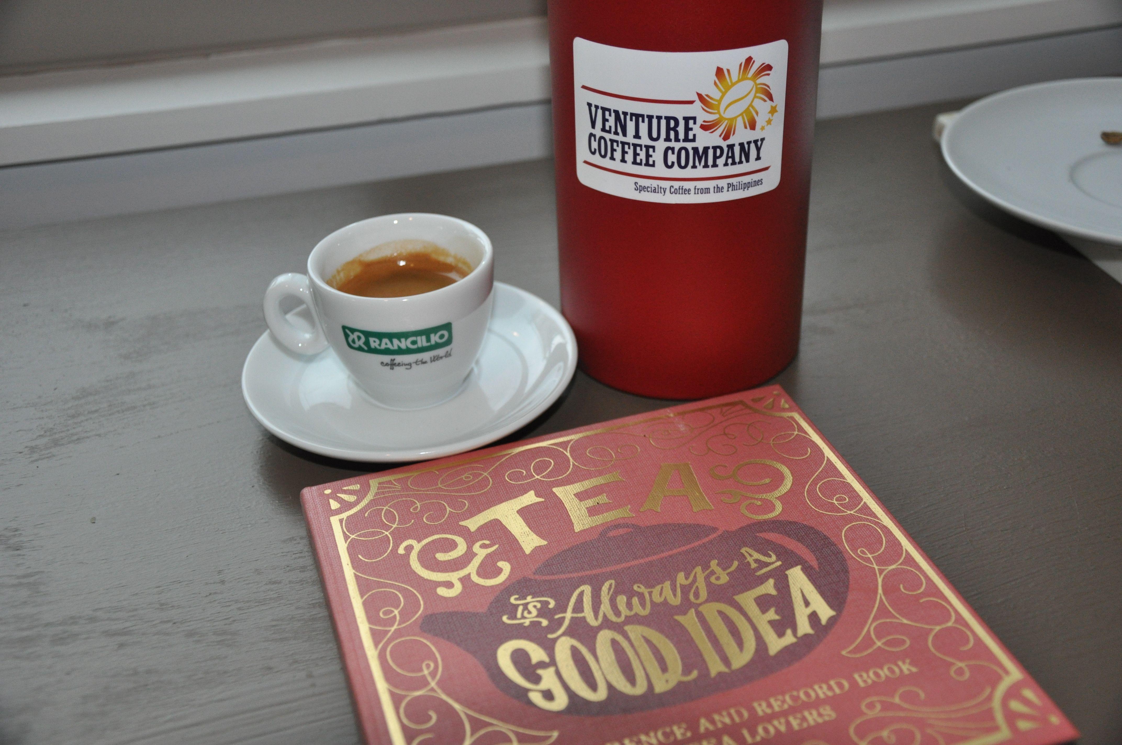 Coffee And Tea In 2020 Dark Roast Coffee Coffee Company