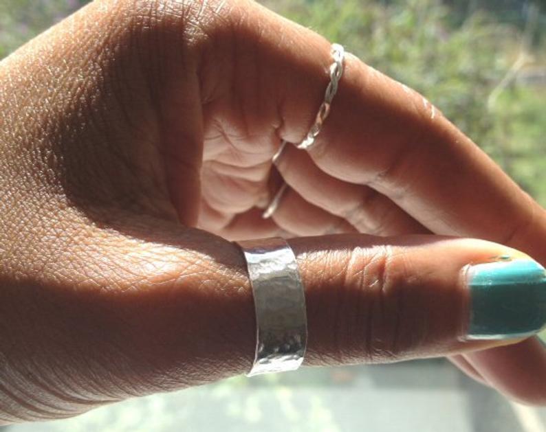thumb-rings