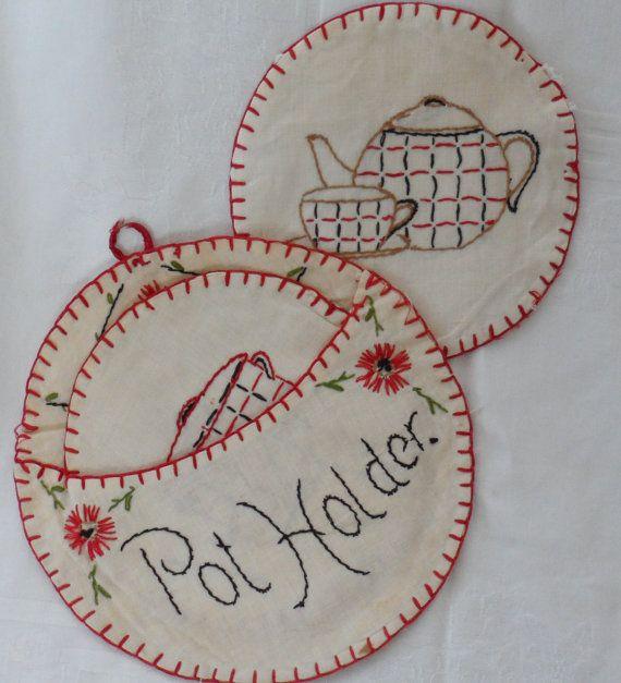 Vintage 1930s 40s Round Hand Made Embroidered Pocket Holder Pot