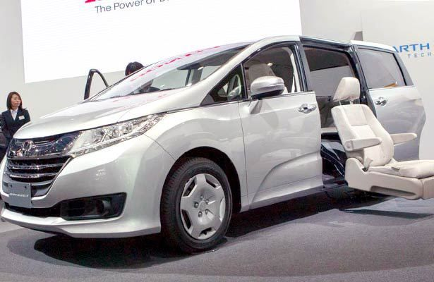 2018 Toyota Sienna Price And Specs Http Newautoreviews
