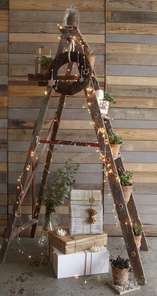 Ideas para decorar la Navidad con escaleras de mano Decoracin