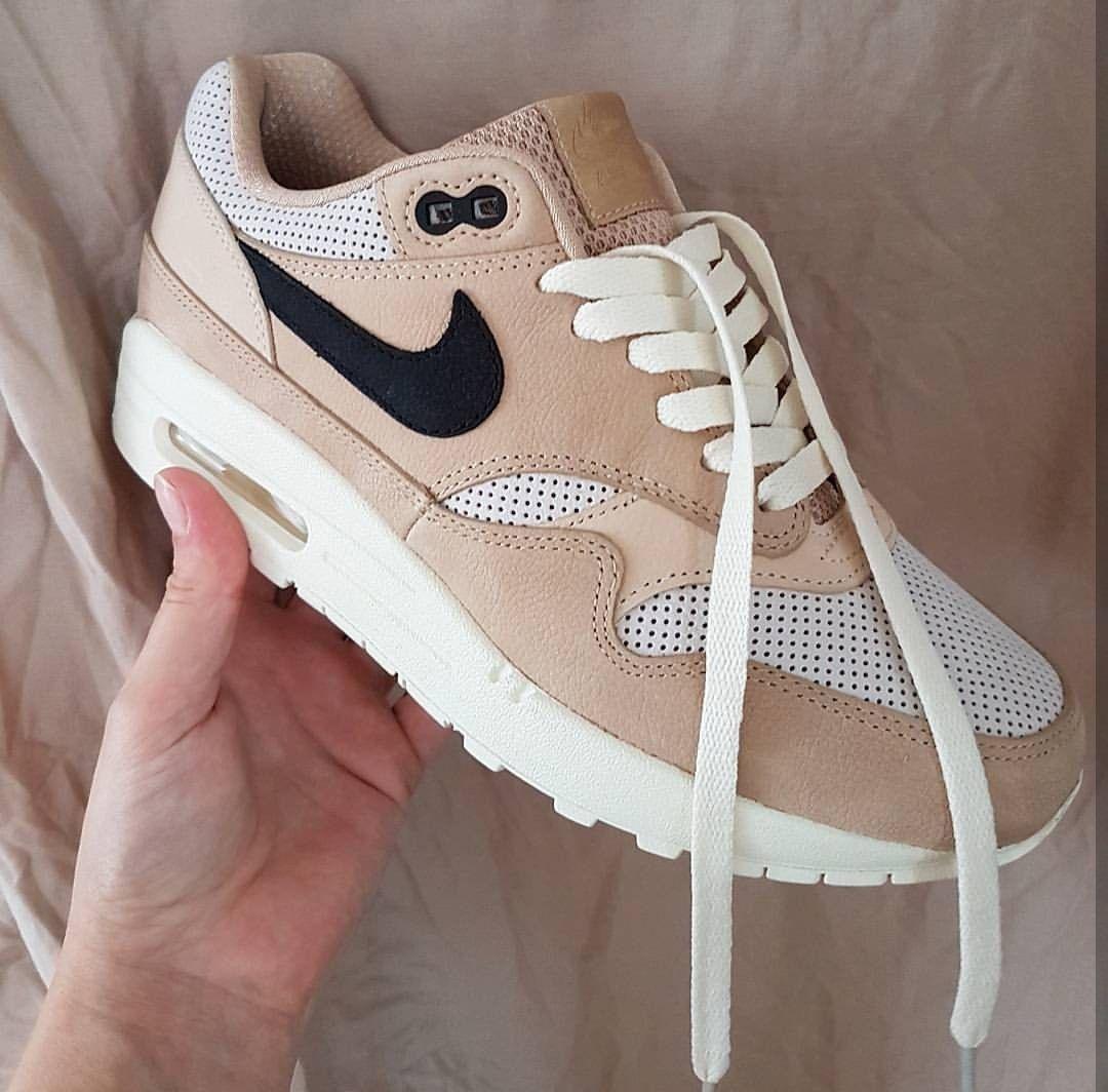 Nike Roshe One Bildergalerie Sneakerparadies