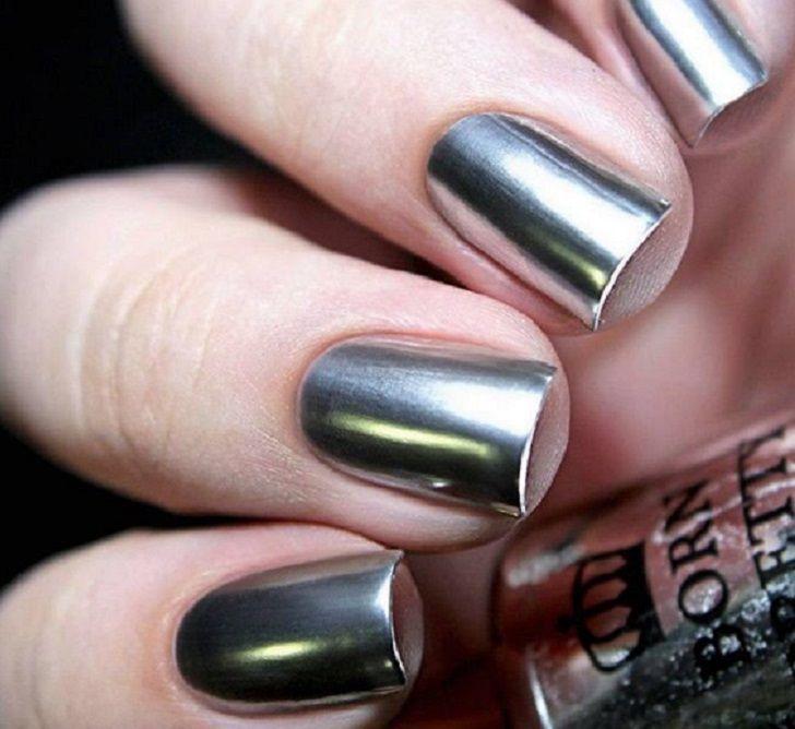La nueva tendencia de uñas-espejo es ridículamente genial | Nuevas ...