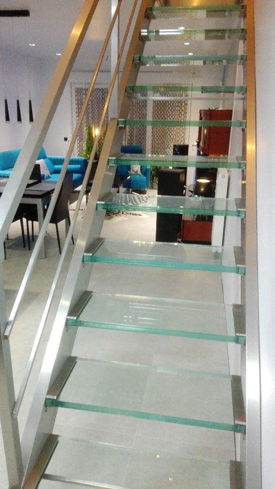Schody Szklane Balustrady I Schody Szklane W 2019 Glass Stairs