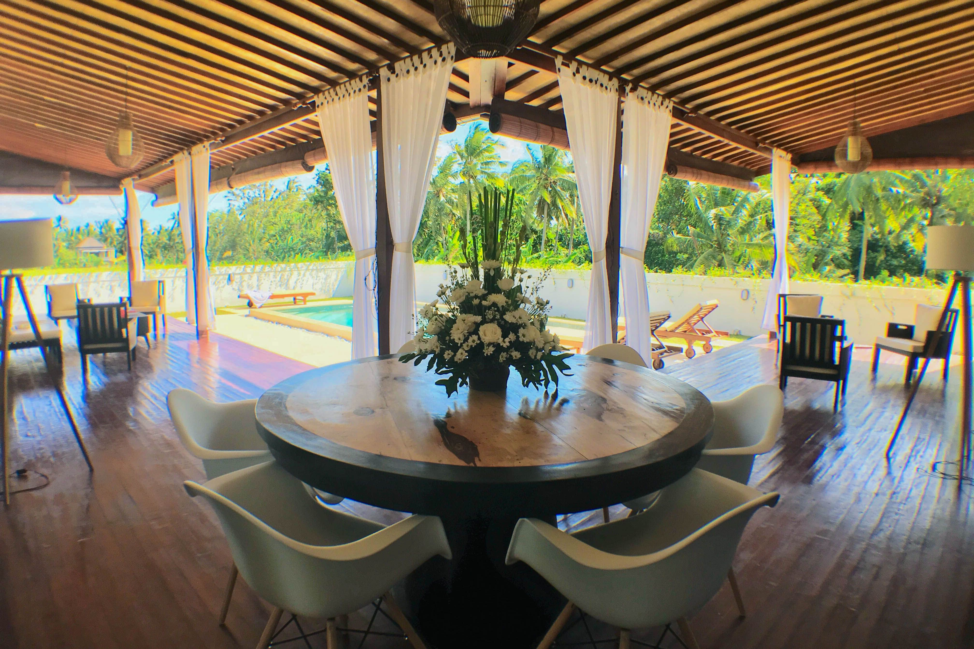 Newly built bedroom villa right in the heart of ubud