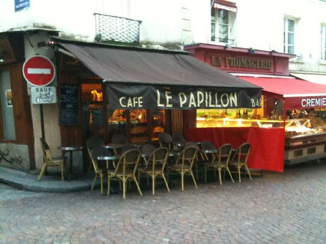 cafe le papillon 129. rue mouffetard 75005 paris france - Google ...