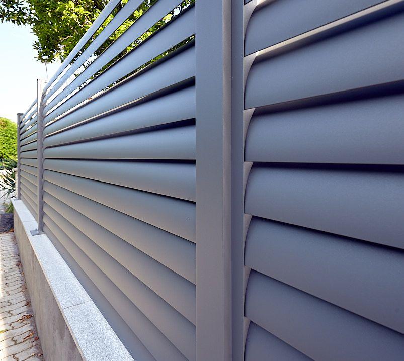 Lamellen-Zäune   Zäune mit Querprofil - Zäune und Tore - Aluzäune Kollarits #zaunideen