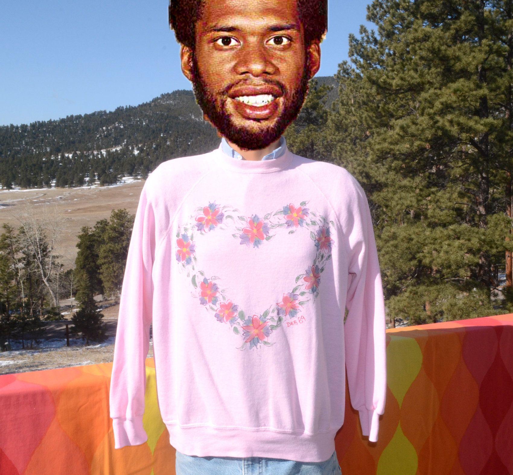 Vintage 80s Sweatshirt Crewneck Floral Heart Raglan Pink Large Wtf