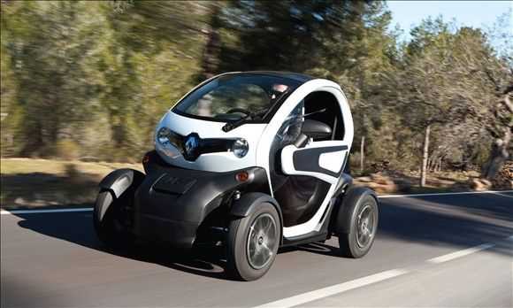 Renault Twizy At About 9 000 00 It S The Cheapest Production Electric Car In The World Car Hybrid Car Used Cars