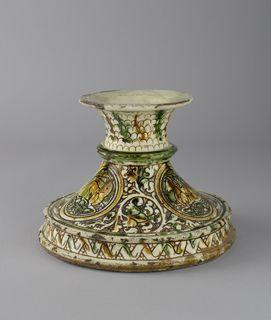 Pedestal  Bologna; Ferrara, c. 1500  17.cm (height); 22.5cm (diameter)  incised slipware