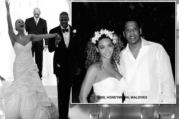 Beyonce And Jay Z Mark 9th Wedding Anniversary Celebrity Wedding Dresses 9th Wedding Anniversary Celebrity Weddings