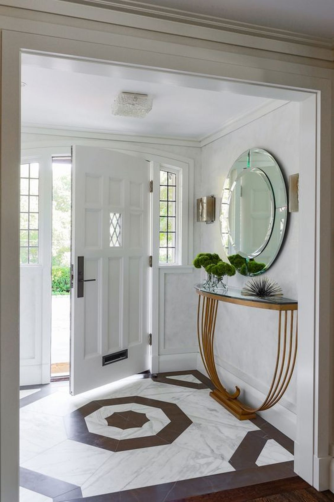 30 Fabulous Small Entryway Decorations To Enhance The Beautiful Of