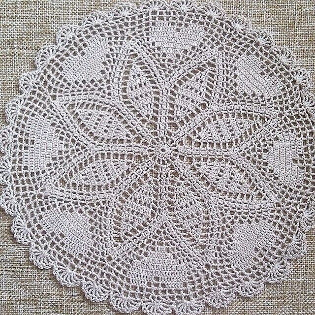 Pin de Sevim Doğramacı en crochet doily & placemat & coasters ...