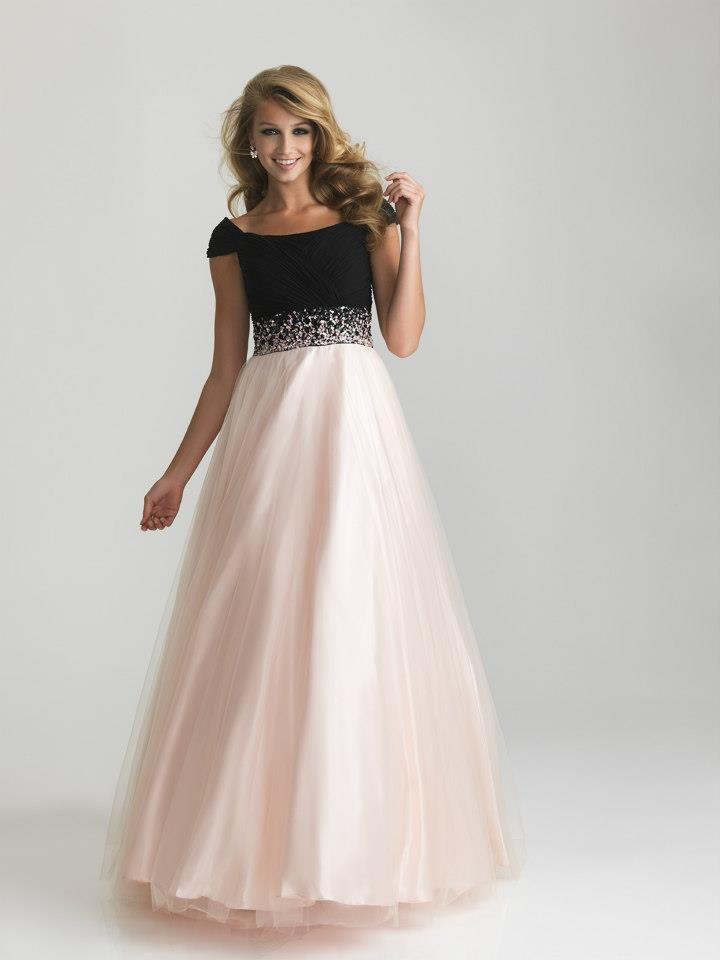 Modest Prom Dress - فساتين أعراس | Pinterest