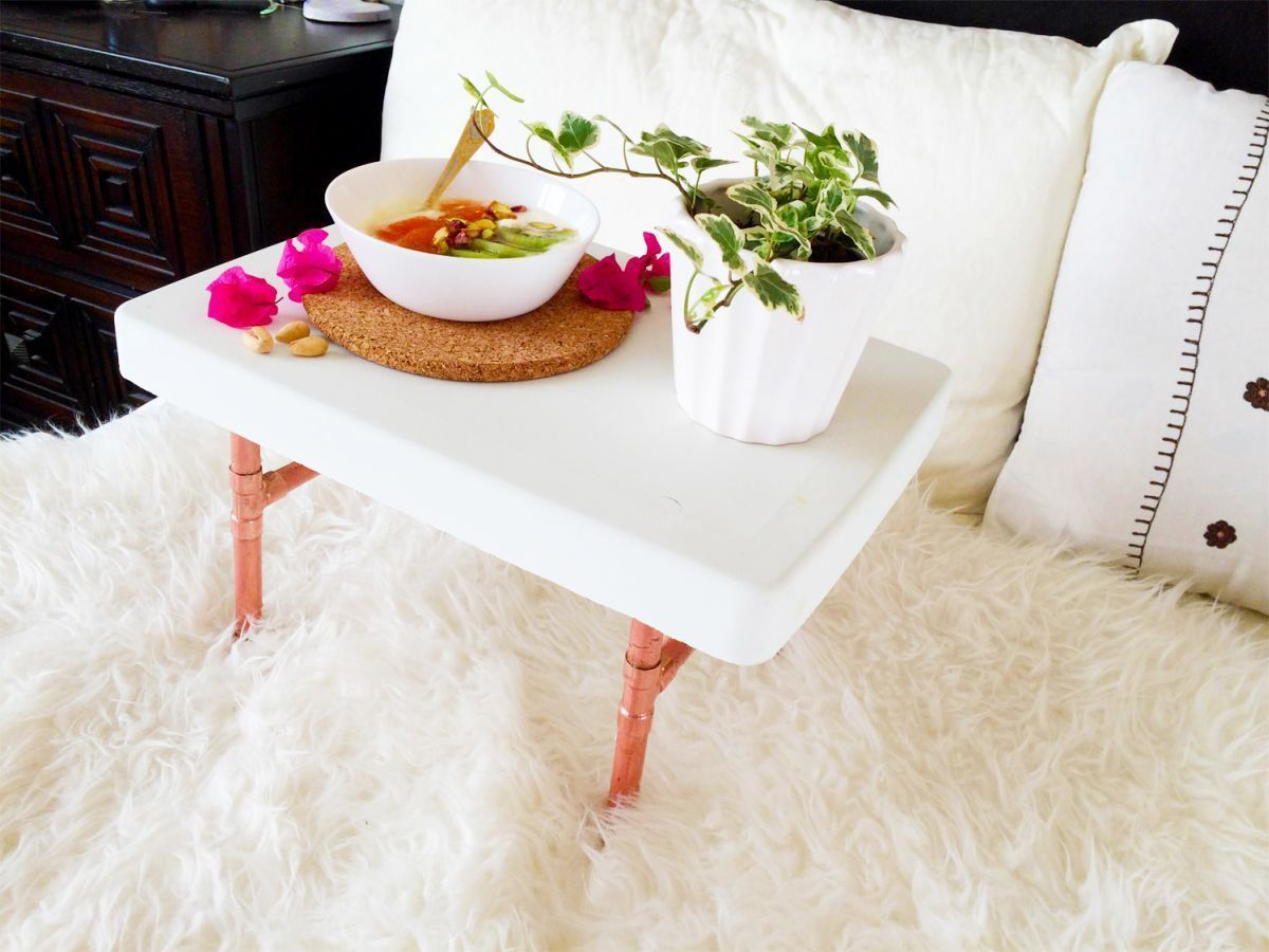 DIY Kupferrohr Frühstück Tablett stehen – DIY Kupferrohr Frühstück Tablett s…