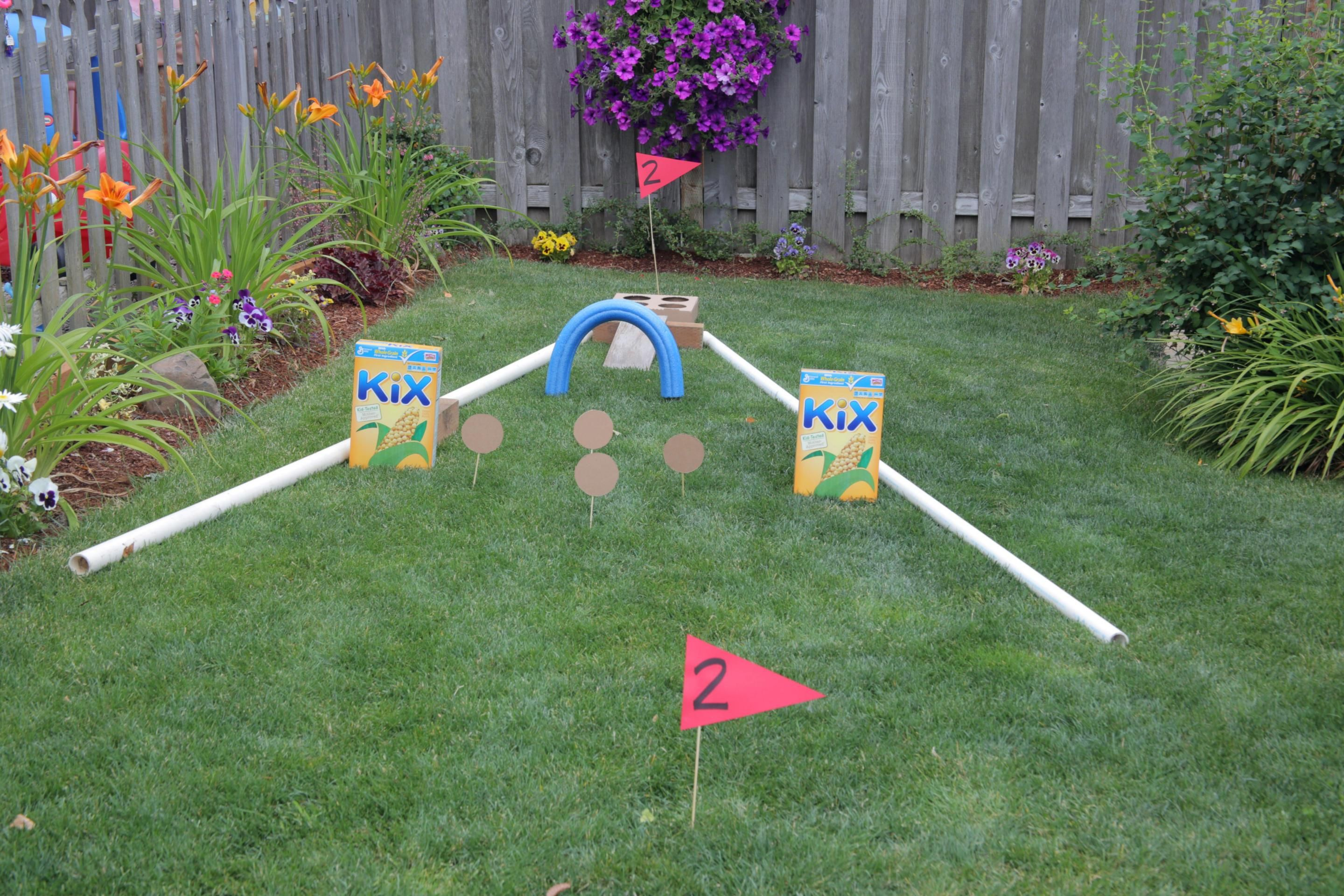 Mini Golf in the Backyard GAMES