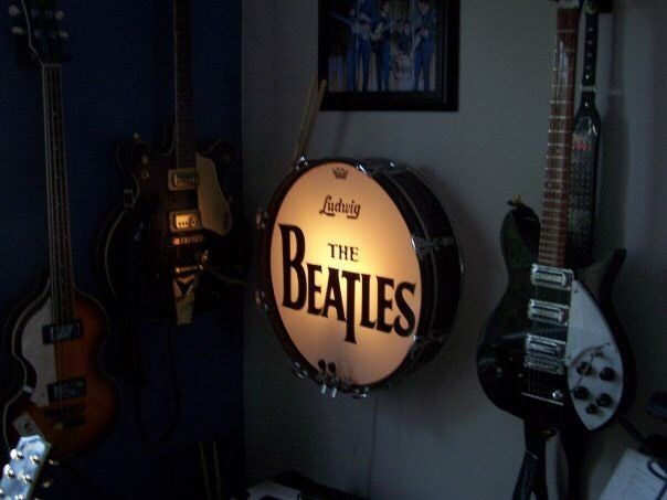 deluxe beatles ludwig 20 bass drum lamp black oyster pearl ringo promark sticks ebay. Black Bedroom Furniture Sets. Home Design Ideas
