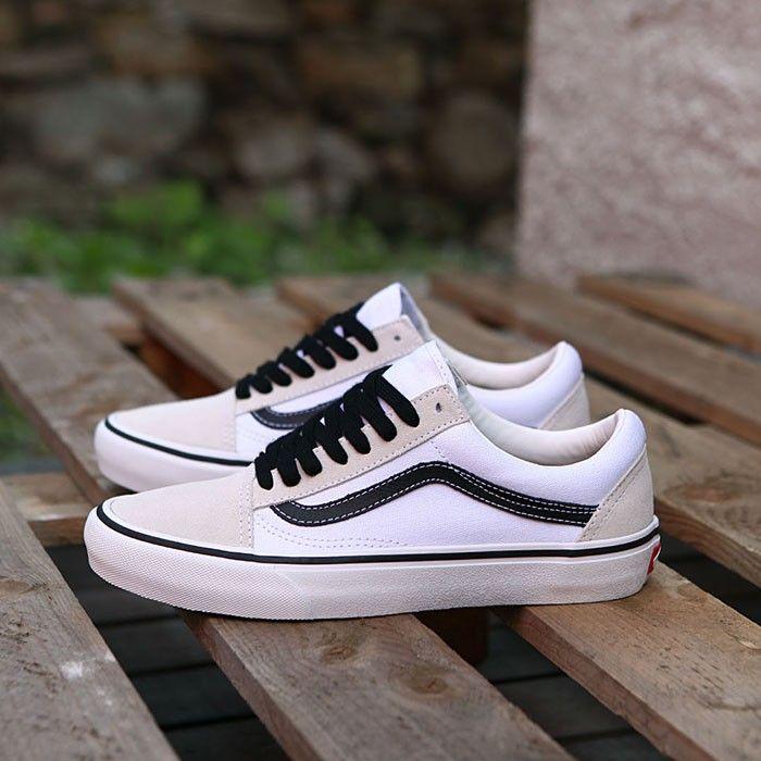 Skateboarding, Nike SB, Adidas, Vans, Online Shop