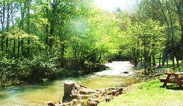 Pigeon Forge Cabin Rental: Creekside Cottage *** Romantic *** Wifi *** Private *** Unique *** Relaxing | HomeAway
