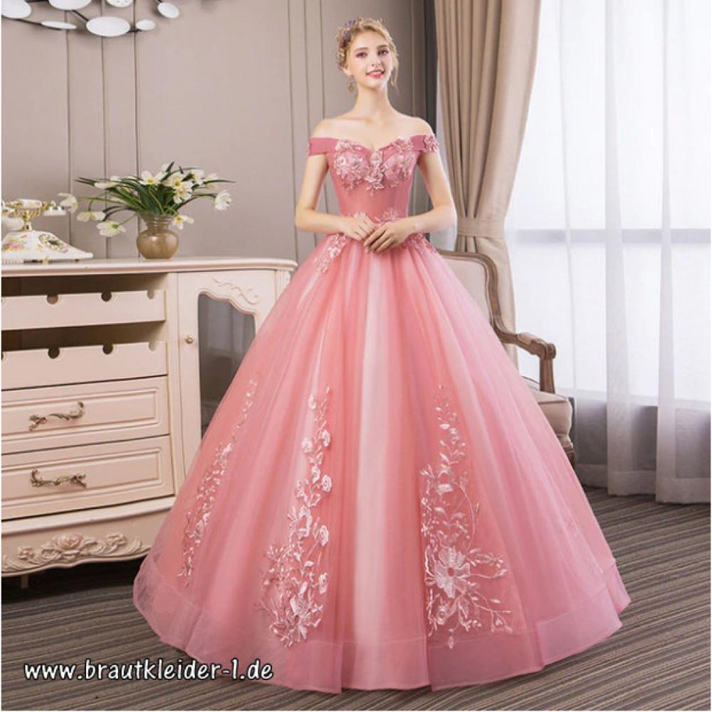 Schulterfreies Brautkleid in Altrosa mit Stickereien #brautkleid