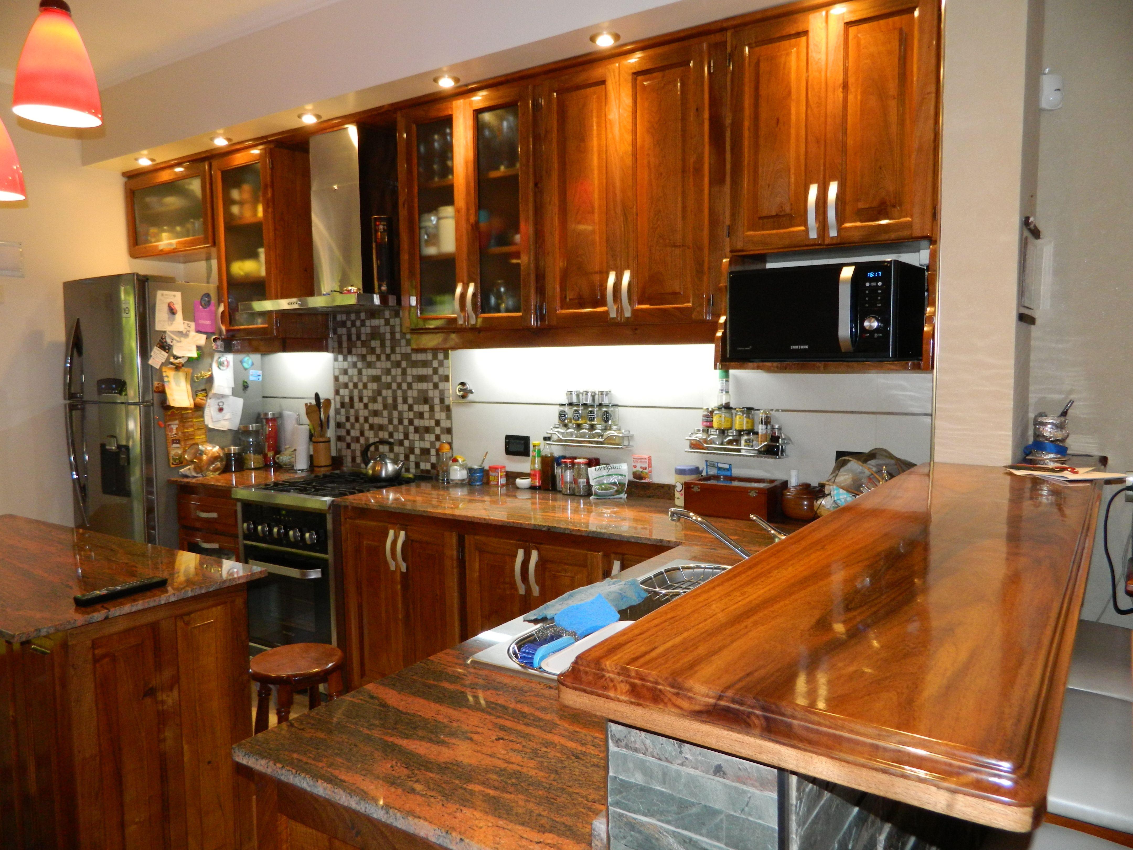 Muebles de cocina, laqueados o encerados, eternos, modernos ...