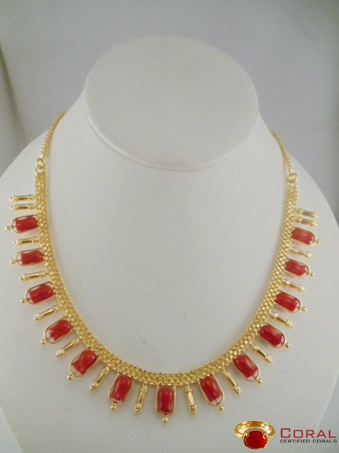 Style Your Wedding Look With This Tulip Red Coral Necklace