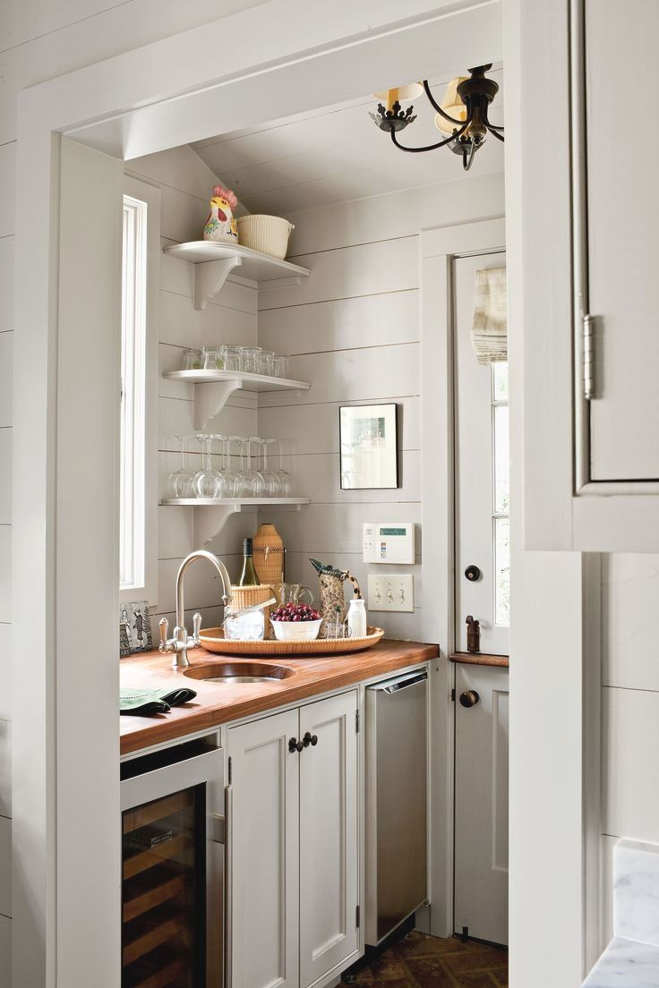 Cottage Style Kitchen Addition To A Cape Cod Style Home: An Atlanta Couple Drew On Their New England Roots To Add Space To Their Cottage Without Adding