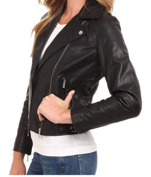 52b5084f4c70 Petrina Women Classic Leather Jackets in 2019