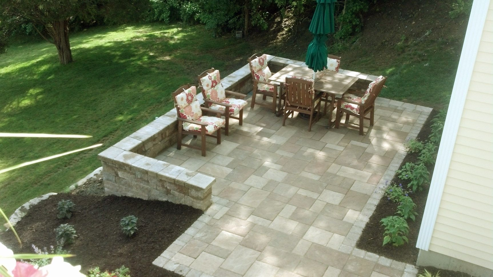 patio small sloped backyard landscaping ideas