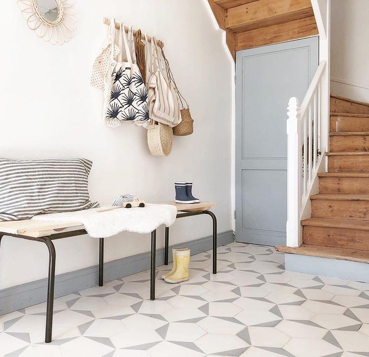 Epingle Par Cadenet Design Inc Robin Chr Sur Floors