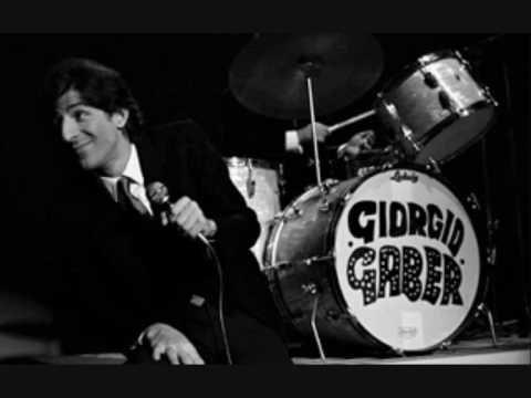 Giorgio Gaber - Te lo leggo negli occhi - YouTube