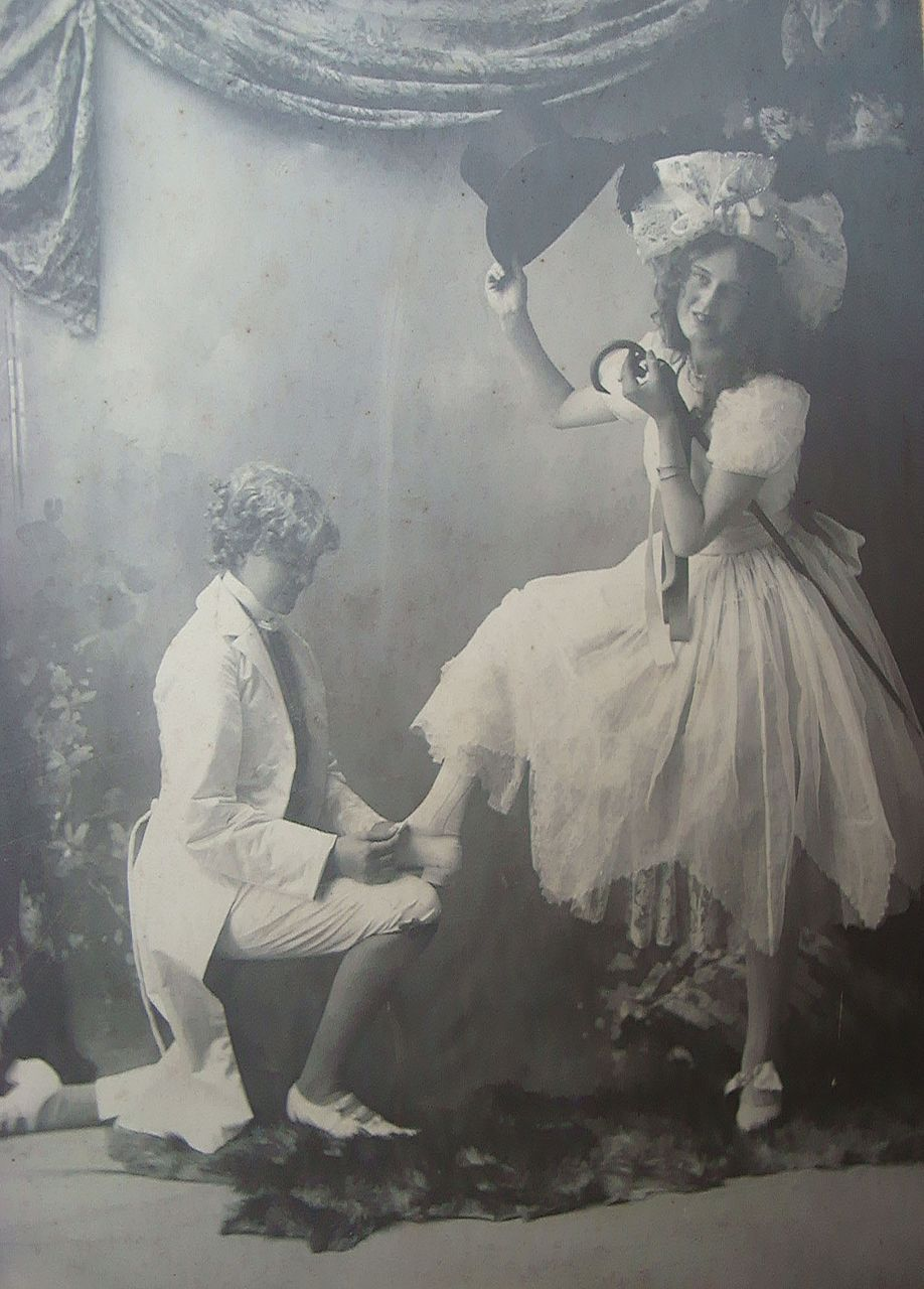 1890 S Boudoir Photo Of Two San Jose Ca Girls Proposing Boudoir Photos Vintage Photography Boudior Photos