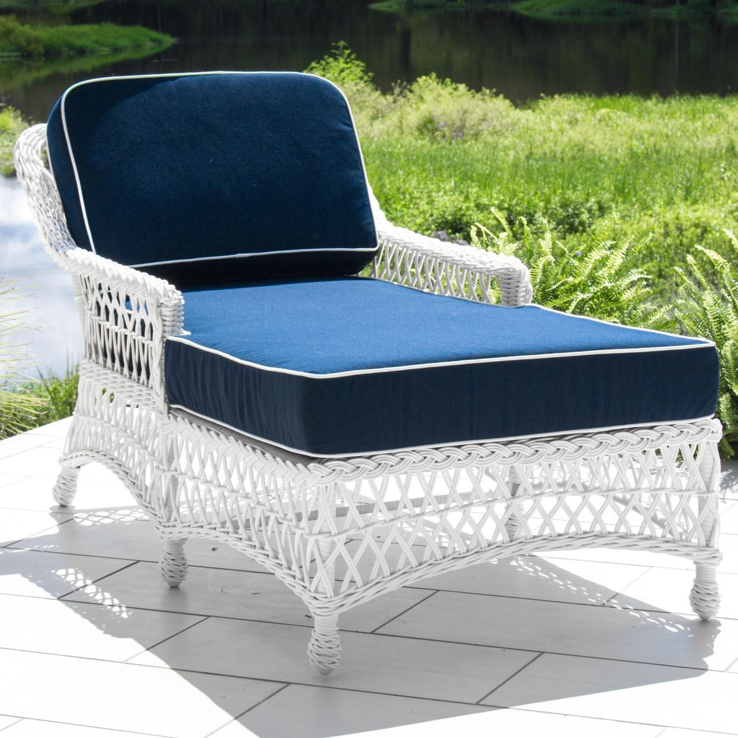 Everglades white resin wicker patio chaise lounge by