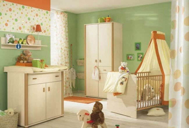 Charmant Babyzimmer Möbel Grüne Wandfarbe Beige Kombination Paidi