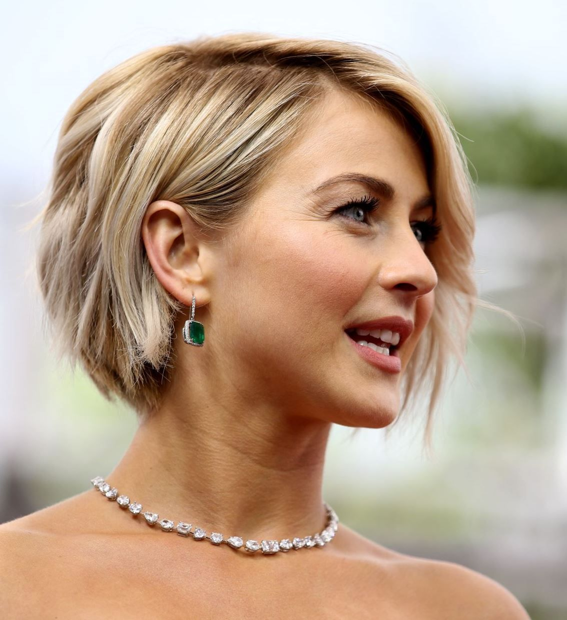 julianne hough short bob | hair | thin hair haircuts, short