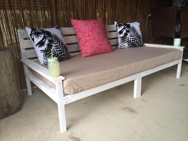 Divano Pallet ~ Diy pallet wide seated sofa and daybed pallet divano pallet e