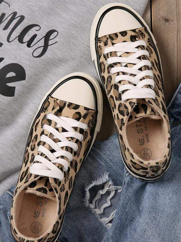 Leopard Printed Lace Up Canvas Sneakers 2