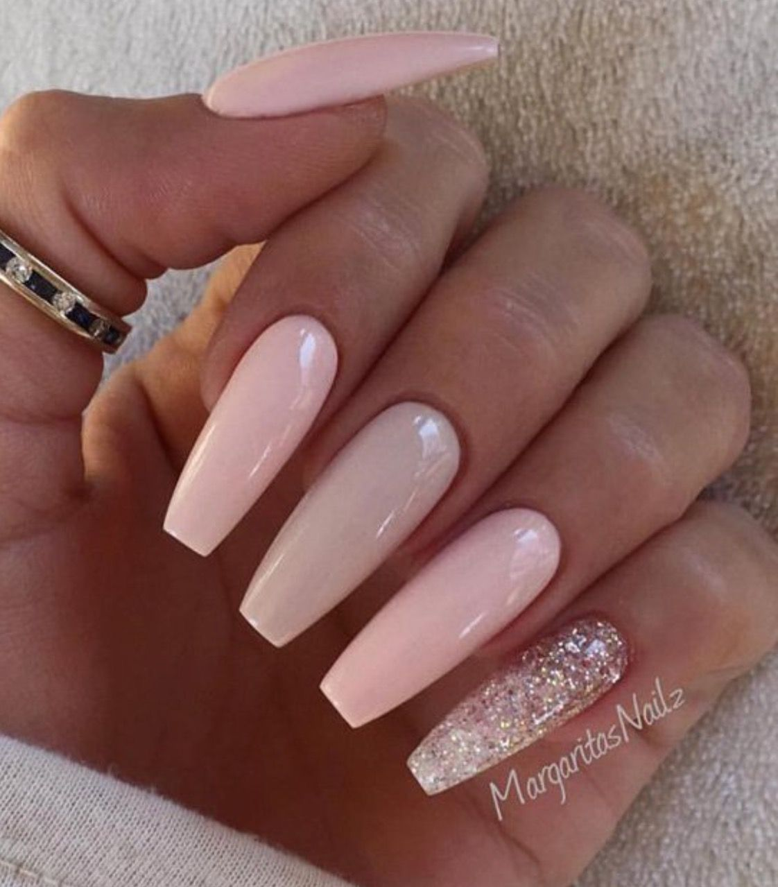 Pin von heather geronsin auf nails | Pinterest | Nagelschere ...