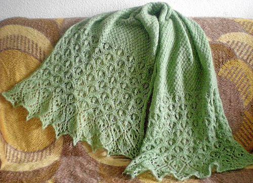 Ravelry: Laminaria Rectangle Stole/Scarf pattern by Elizabeth Freeman