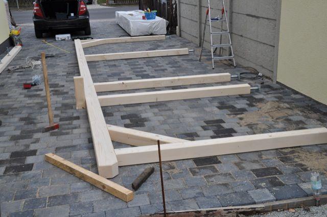 Erste Balken Fur Die Carport Seite Carport Selber Bauen Gartenhaus Selber Bauen Carport