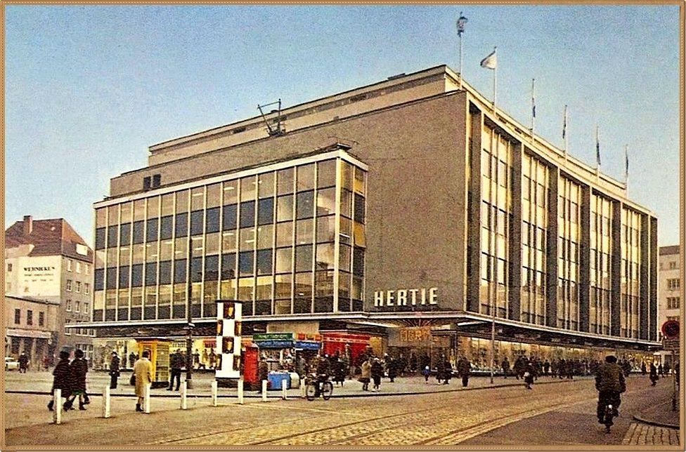 Hertie Erlebnis Kaufhaus Einkaufen