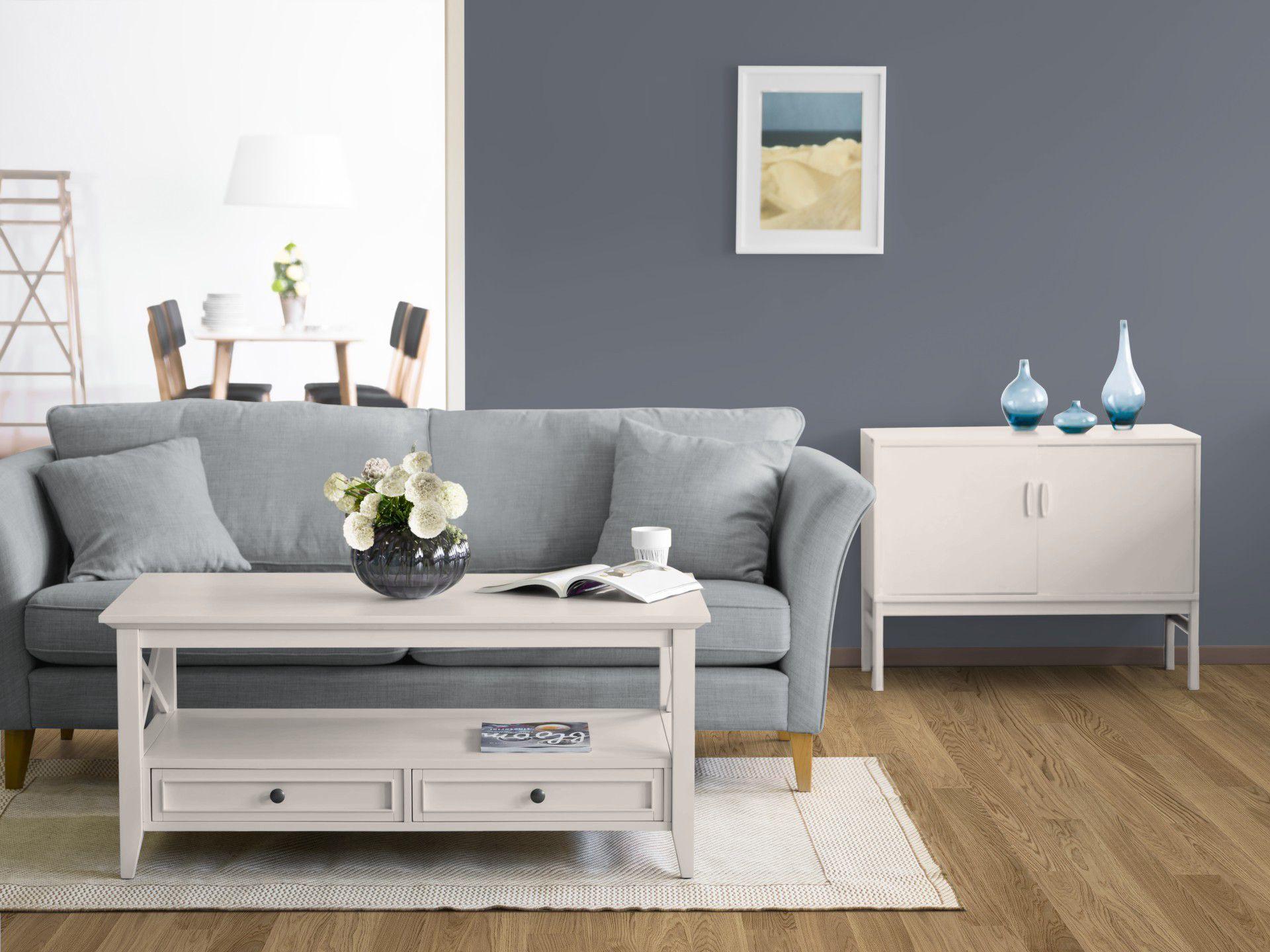 das kolorat zimmer in einem harmonischen blau creme die verwendeten wandfarben m bellacke. Black Bedroom Furniture Sets. Home Design Ideas