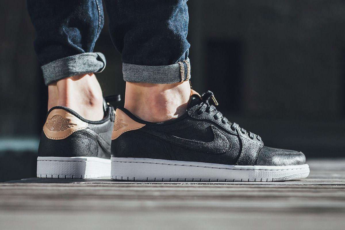 quality design 9a6c1 9c7b5 On-Foot  Air Jordan 1 Retro Low OG Premium  Black Vachetta Tan  - EU Kicks   Sneaker Magazine