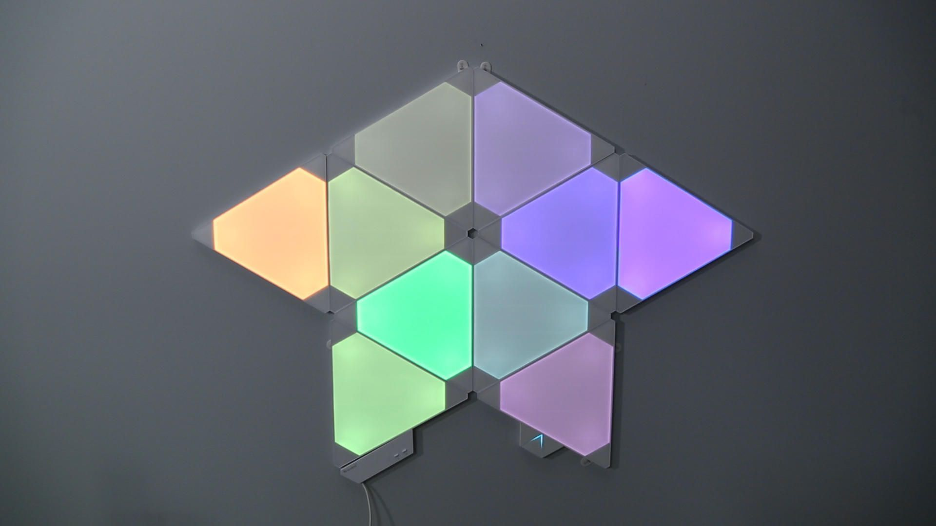 Nanoleaf Rhythm turned our smart home into a dance club - Video ...